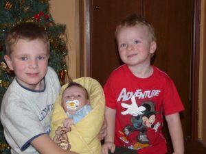 tri-chlapi
